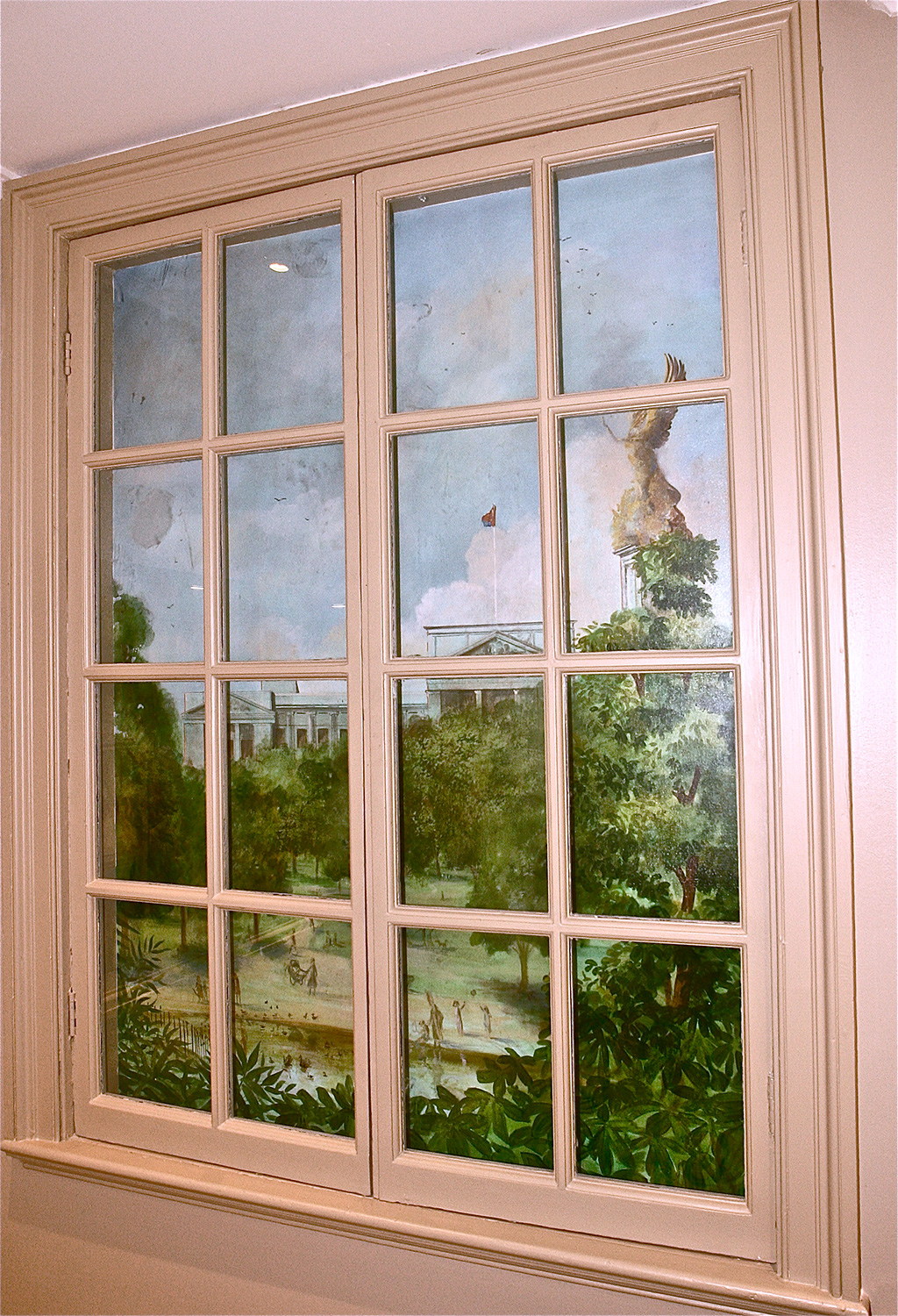 Buckingham Palace and Green park window mural.
